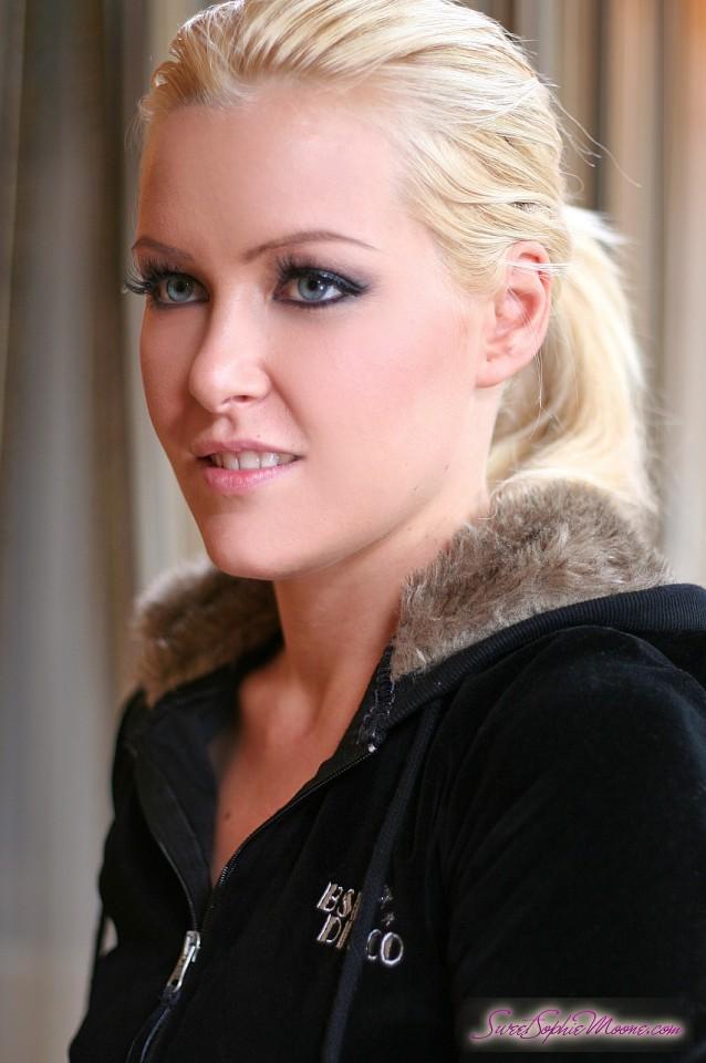 big breast dd porn lesbian